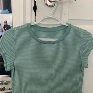 american eagle soft & sexy cropped blue tee